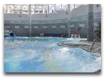 отель Беларусь: Бассейн
