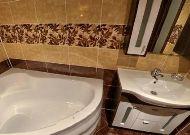 отель Беларусь: Апартаменты ванная комната