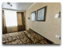 отель Беларусь: Апартаменты - спальня