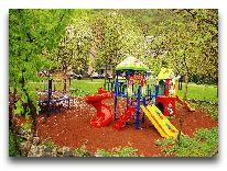 отель Best Western Aqhveran: Детская площадка