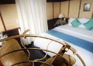 отель Bhaya Cruise: Deluxe Double Cabin