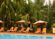 отель Bon Bien Resort: Бассейн
