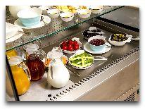 отель Boutique 19: Шведский стол