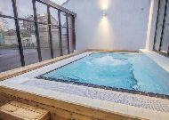 отель Braavo: Открытый бассейн
