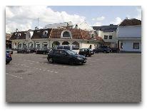 отель Braavo: Парковка