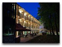отель Bristol Art & Medical SPA: Фасад отеля