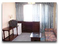 отель Bukhara Palace: Гостинная люкса