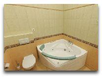 санаторий Bursztyn: Ванная комната в апартаментах