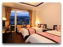 отель Camellia Hue Hotel: Deluxe City View room