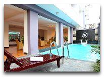 отель Camellia Hue Hotel: Бассейн