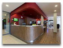 отель Campanile Vilnius Airport: Ресепшен