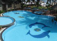 отель Canary Beach Resort: Бассейн