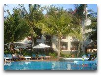 отель Canary Beach Resort: Территория отеля