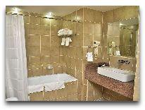 отель Canvas Hotel Shymkent: Ванная люкс