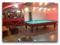 отель Capital Hotel: Билиард