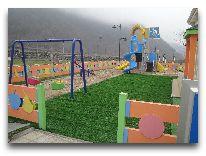 отель Qafqaz Resort: Детская площадка