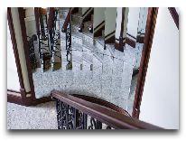 отель Чайка: Лестница