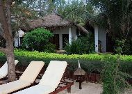 отель Cham Villas Resort: Beach Front Villa
