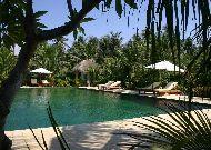 отель Cham Villas Resort: Бассейн