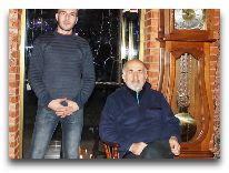 отель Chateau Chikovani: Уча Чиковани с сыном