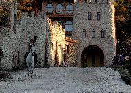 отель Chateau Mere: Верховая прогулка