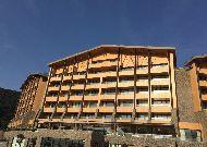 отель Chenot Palace Health Wellness Hotel: Фасад отеля