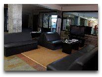 отель Shymdulak Resort Hotel: Холл