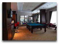 отель CHINAR HOTEL & SPA NAFTALAN: Бильярдная