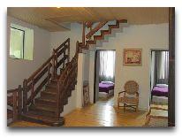 отель Chubu Hotel: Лестница на второй этаж