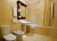 отель City Club: Ванна номера Люкс