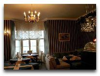 отель City Guesthouse: Комната для завтрака