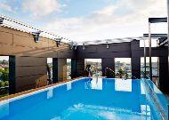 отель Clarion Hotel Post: Зона отдыха в открытом бассейне