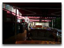 отель Club Royal Park: Открытая веранда