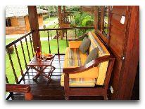 отель Coco Beach Resort: Bungalow - Терраса