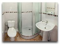отель Comfort: Ванная в номере