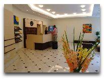 отель Central Vilnius: Ресепшен