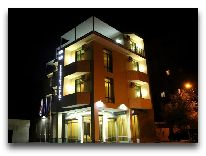 отель Continental: Фасад