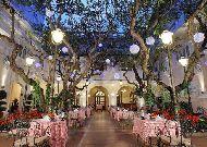 отель Continental Saigon Hotel: Ресторан под открытым небом