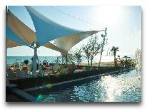отель Crescent Beach: Открытый бассейн