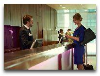 отель Crowne Plaza Borjomi: Ресепшн