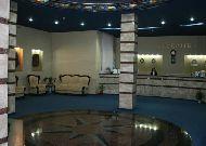 отель Dacia: Ресепшн