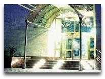 отель Dacia: Вход в отель