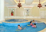 отель Dalat Edensee Lake Resort & Spa Hotel: Бассейн
