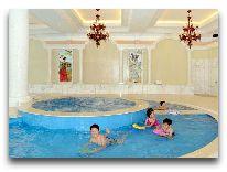 отель Dalat Edensee Lake Resort & Spa Hotel: Бассейн