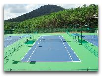 отель Dalat Edensee Lake Resort & Spa Hotel: Теннисные корты