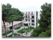 отель Deluxe Hotel: Территория отеля