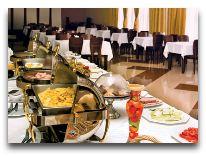 отель Dilijan Resort: Шведский стол