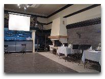отель Гостиничный комплекс Динамо: Бар с каминным залом