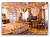 отель Гостиничный комплекс Динамо: Номер Люкс- спальня