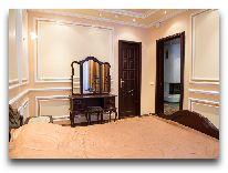 отель Гостиничный комплекс Динамо: Номер Полулюкс с камином, спальня